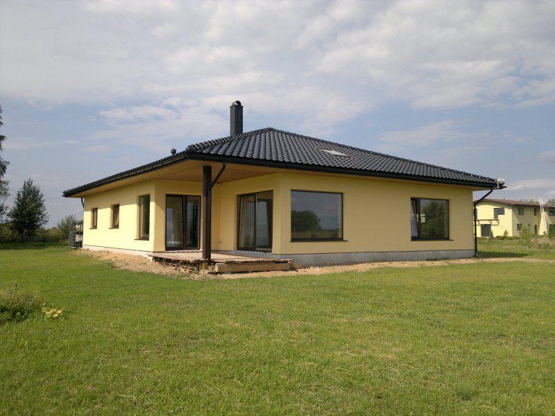 Maison passive en paille maison passive en paille maison for Superficie toiture